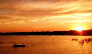 boat-on-water-sunset-free-use-copy